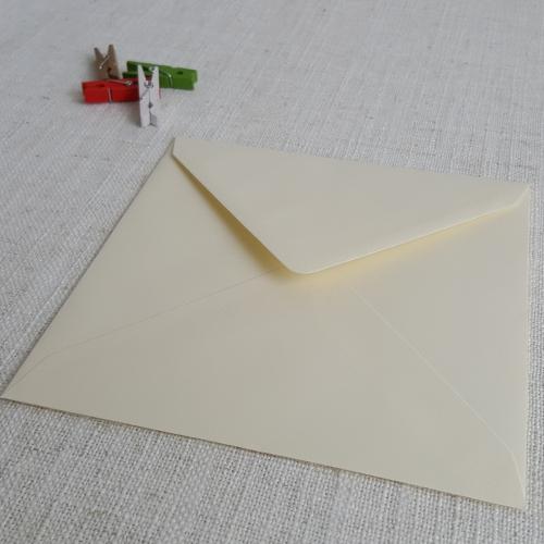 Vanilla 155mm Square Envelopes Diamond Flap